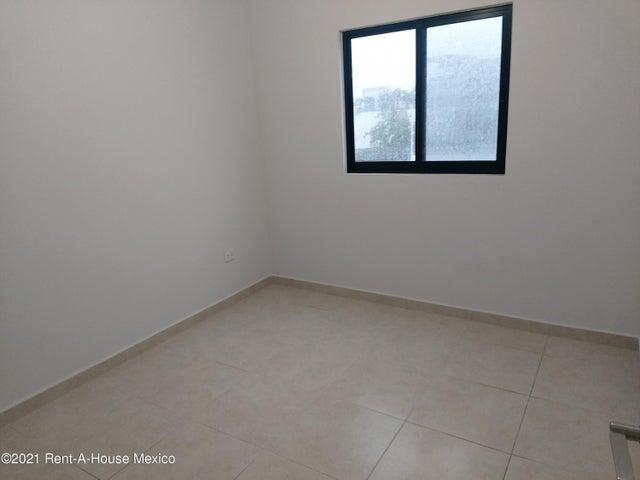 Casa Queretaro>El Marques>Zakia - Renta:10.300 Pesos - codigo: 21-4766