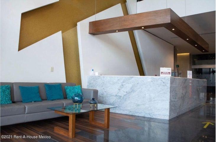 Oficina Queretaro>El Marques>Monte Miranda - Renta:34.000 Pesos - codigo: 21-4805