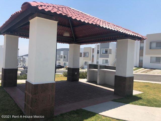 Casa Queretaro>El Marques>El Rosario - Venta:1.240.000 Pesos - codigo: 21-424