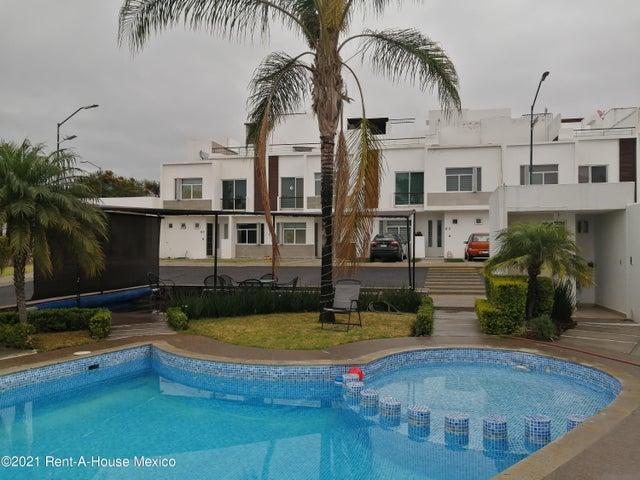 Departamento Queretaro>Corregidora>Los Olvera - Renta:8.000 Pesos - codigo: 22-33