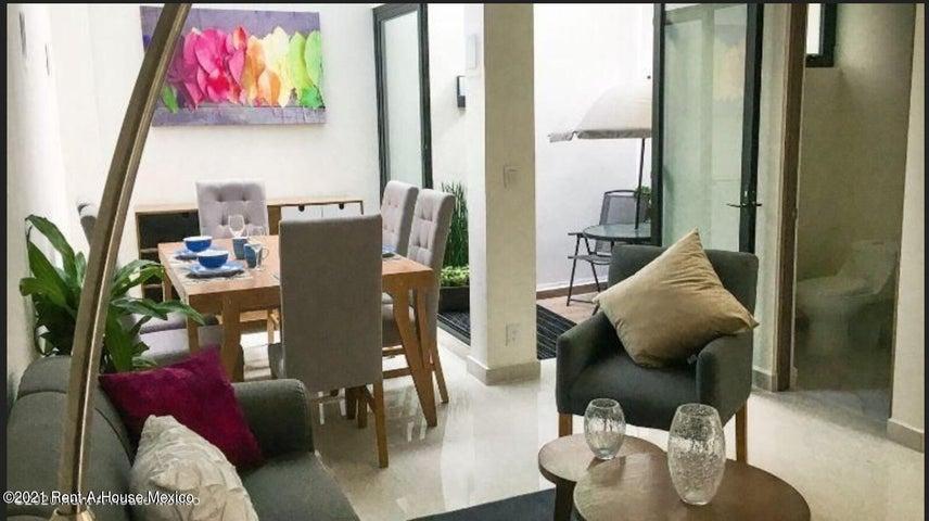 Casa Distrito Federal>Benito Juárez>Alamos - Venta:5.950.000 Pesos - codigo: 22-383