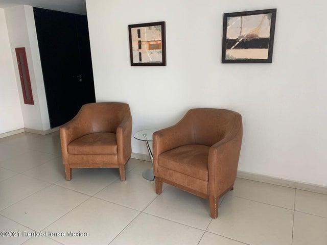 Departamento Queretaro>Queretaro>Lomas del Marques - Renta:14.000 Pesos - codigo: 22-585
