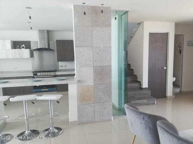 Casa Queretaro>Corregidora>Los Olvera - Venta:2.650.000 Pesos - codigo: 22-606