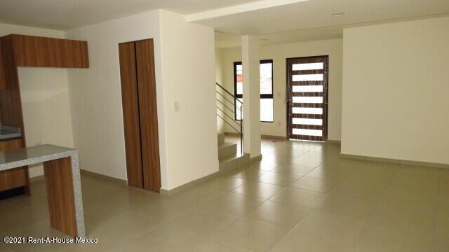 Casa Queretaro>El Marques>Capital Sur - Venta:1.999.000 Pesos - codigo: 22-609