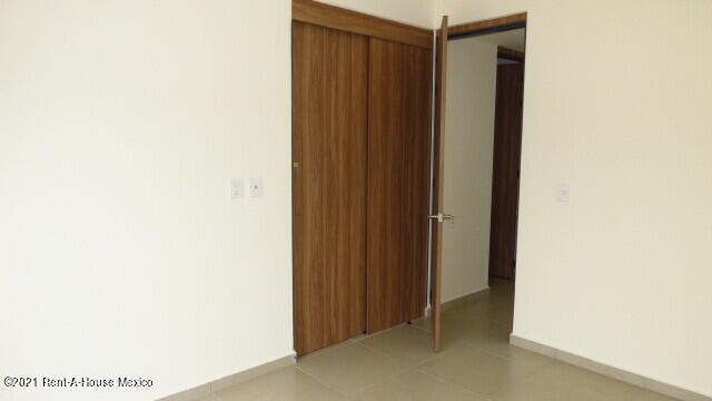 Casa Queretaro>El Marques>Capital Sur - Venta:1.999.000 Pesos - codigo: 22-610