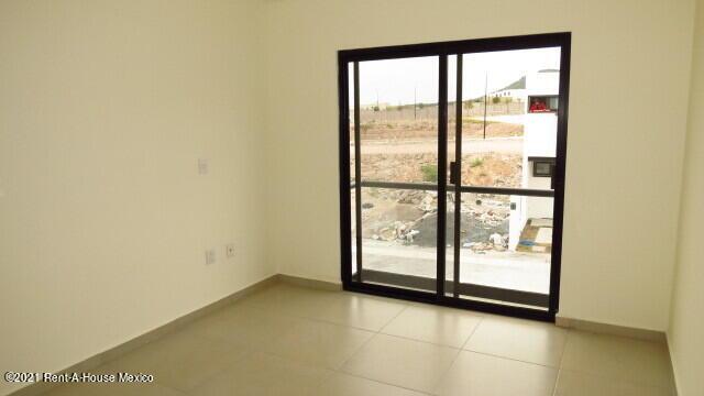 Casa Queretaro>El Marques>Capital Sur - Venta:1.999.000 Pesos - codigo: 22-611