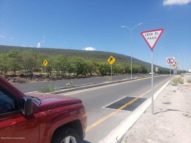 Terreno Queretaro>Queretaro>El Refugio - Venta:4.080.000 Pesos - codigo: 22-625