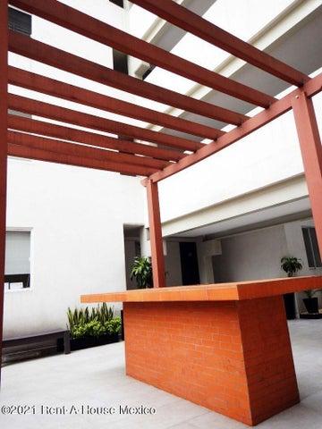 Departamento Distrito Federal>Alvaro Obregón>Carola - Renta:14.000 Pesos - codigo: 22-667