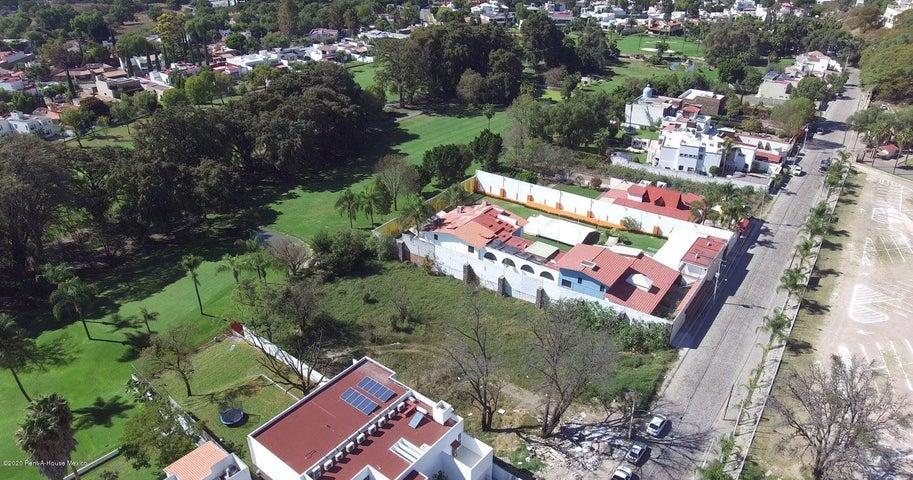 Terreno Queretaro>Queretaro>Villas del Meson - Venta:6.650.150 Pesos - codigo: 22-669