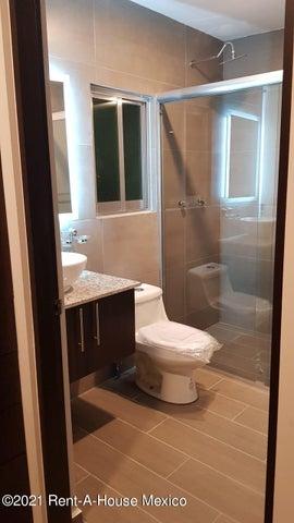 Casa Queretaro>Corregidora>Canadas del Arroyo - Venta:2.500.000 Pesos - codigo: 22-673