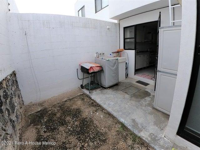 Casa Queretaro>El Marques>Zakia - Renta:11.000 Pesos - codigo: 22-686