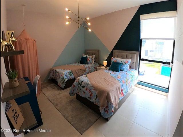 Casa Queretaro>El Marques>Zibata - Venta:3.170.000 Pesos - codigo: 22-690