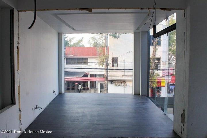Local Comercial Estado de Mexico>Tlalnepantla de Baz>Santa Monica - Renta:80.000 Pesos - codigo: 22-699