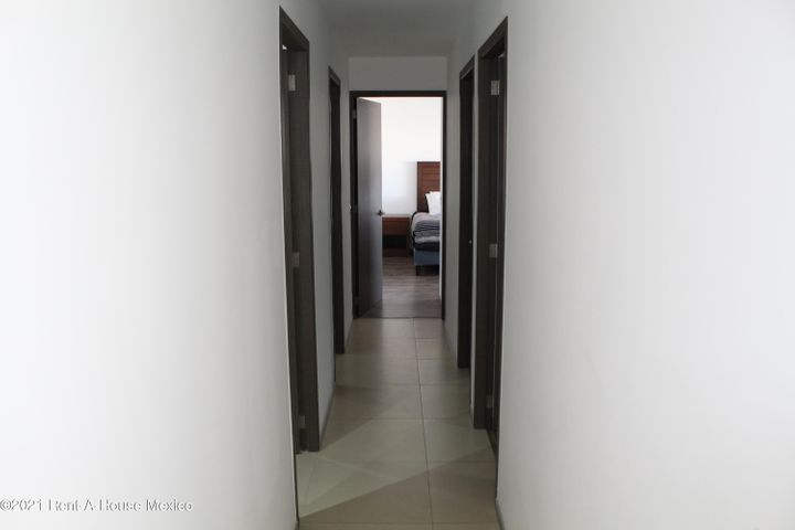 Departamento Queretaro>Queretaro>Juriquilla - Venta:3.250.000 Pesos - codigo: 22-700