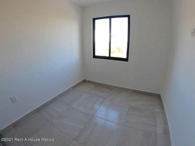 Departamento Queretaro>El Marques>Zakia - Renta:8.500 Pesos - codigo: 22-854
