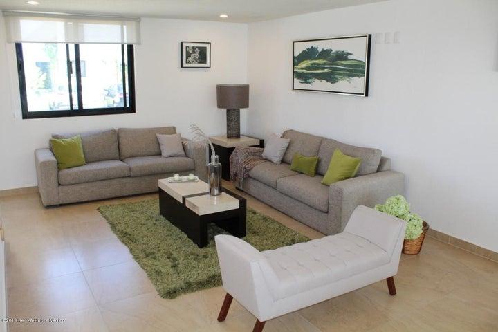 Casa Queretaro>El Marques>Zakia - Venta:3.007.000 Pesos - codigo: 22-979