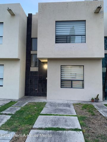 Casa Queretaro>Queretaro>Sonterra - Renta:8.000 Pesos - codigo: 22-987