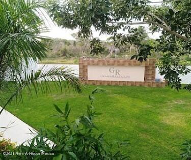Terreno Yucatan>Merida>Real Montejo - Venta:859.125 Pesos - codigo: 22-999
