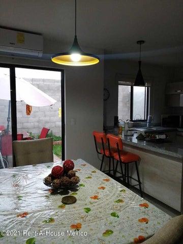 Casa Queretaro>Queretaro>El Mirador - Renta:14.800 Pesos - codigo: 22-1012
