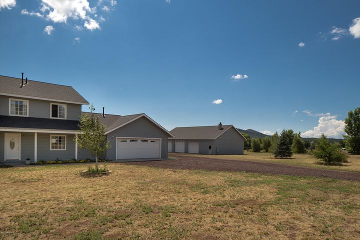 8575 N Silver Valley Road, Flagstaff, AZ 86004