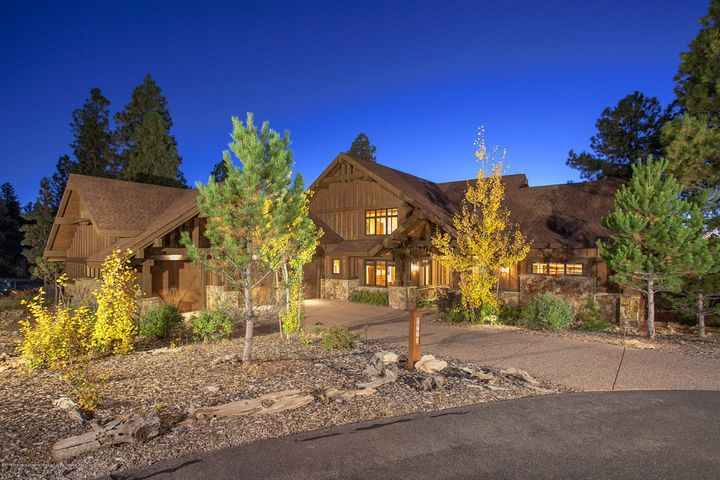 1905 E La Cantera Court - Pine Canyon
