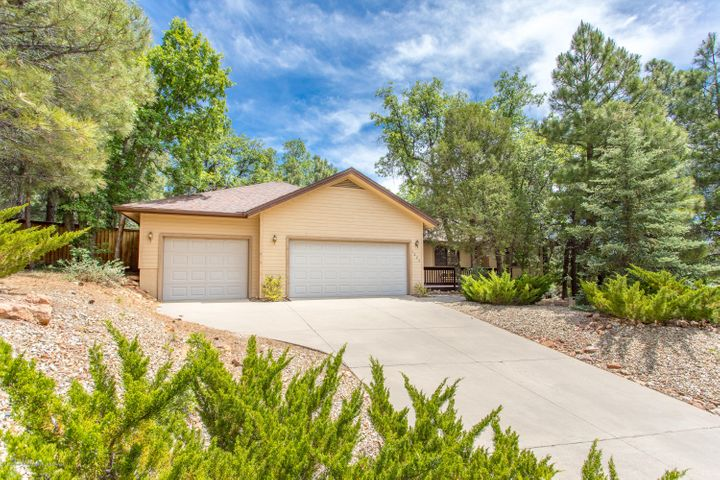6020 E Talor Drive, Flagstaff, AZ 86004