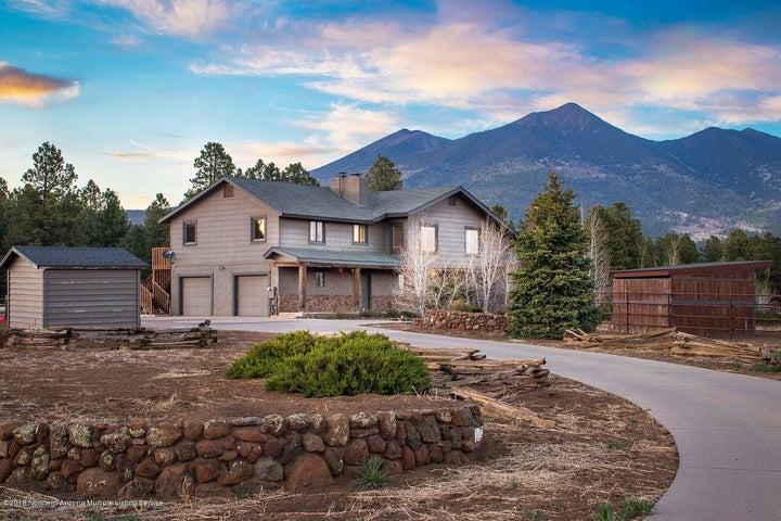 7520 Ranch House Lane, Flagstaff, AZ 86001