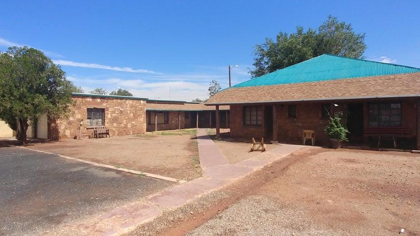 212 N Apache Avenue, Winslow, AZ 86047