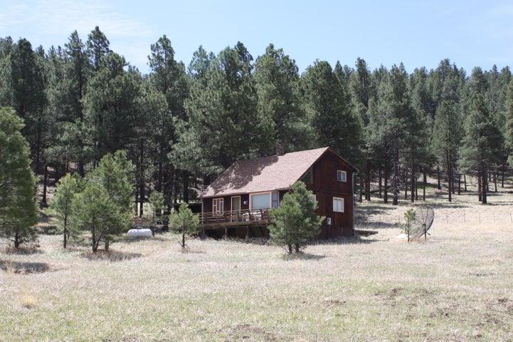 6515 N Hawk Hill Road, Flagstaff, AZ 86001