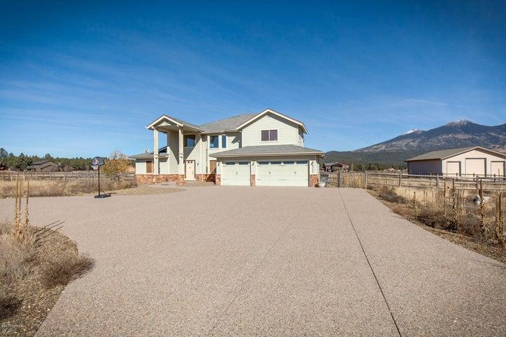 8344 W Mountain Shadows Drive, Flagstaff, AZ 86001