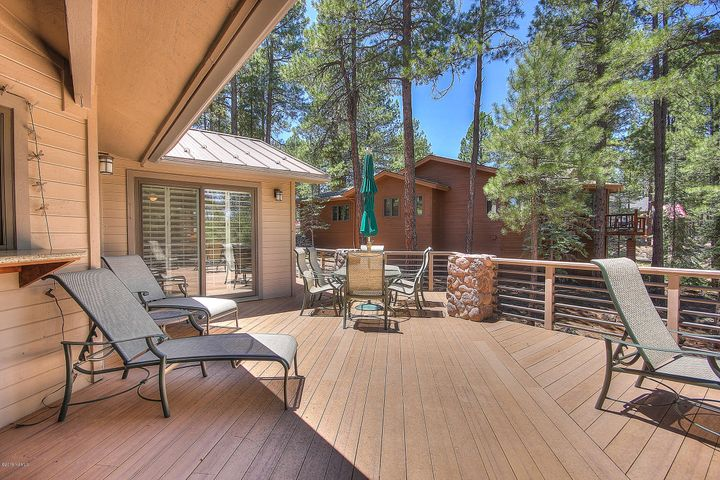 5757 Griffths Spring, Flagstaff, AZ 86001