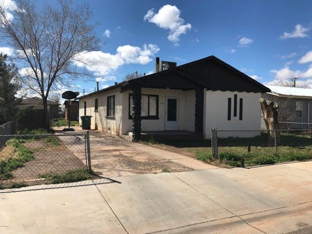 421 W Gilmore Street, Winslow, AZ 86047