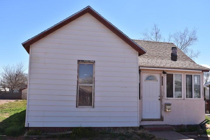 1012 N Winslow Avenue, Winslow, AZ 86047