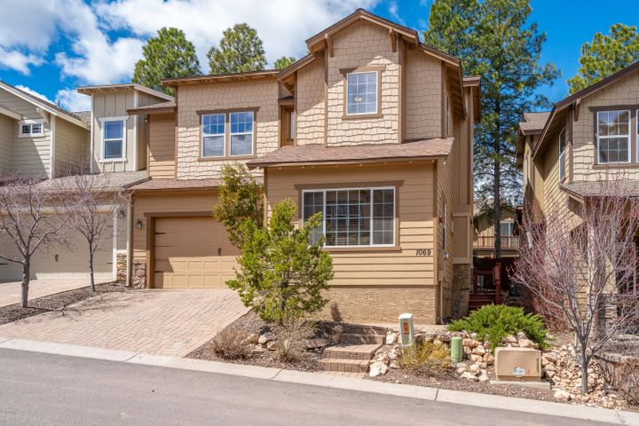 1069 E Sterling Lane, Flagstaff, AZ 86005