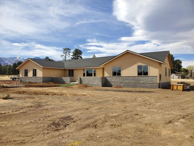 6123 Johnson Ranch Road, Flagstaff, AZ 86004