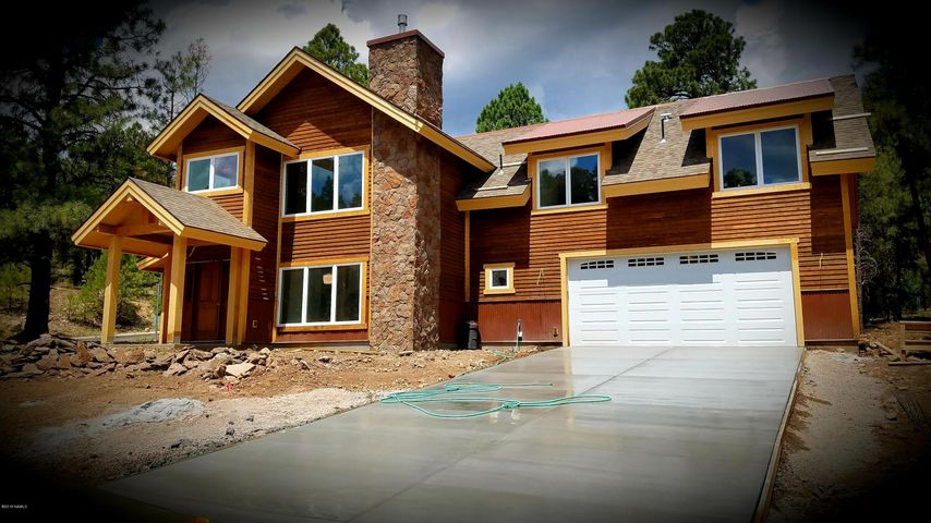 1600 N Falcon Road, Flagstaff, AZ 86004