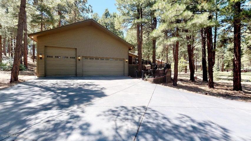 5837 Griffiths Spring, Flagstaff, AZ 86005