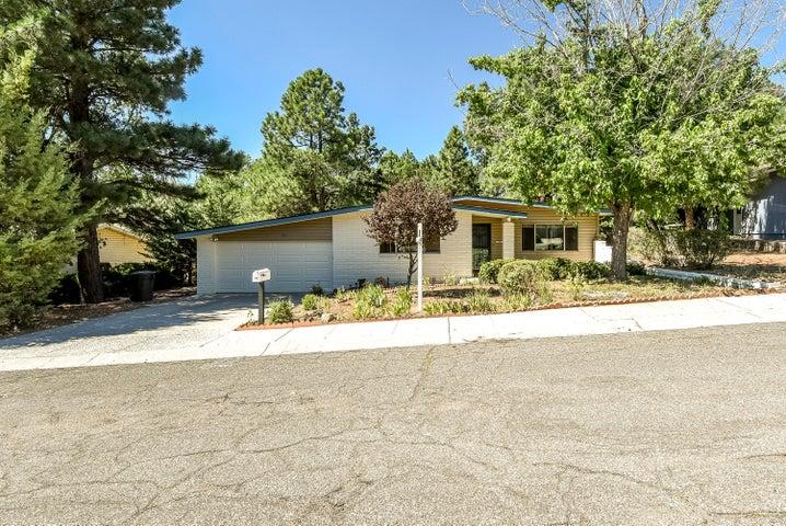 3801 N Zurich Street, Flagstaff, AZ 86004