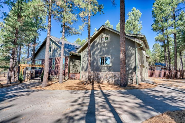 2820 W Creighton Drive, Flagstaff, AZ 86001