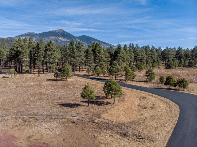 9350 N Snow Bowl Ranch Road, Flagstaff, AZ 86001