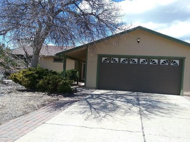 2711 N Eddy Drive, Flagstaff, AZ 86001