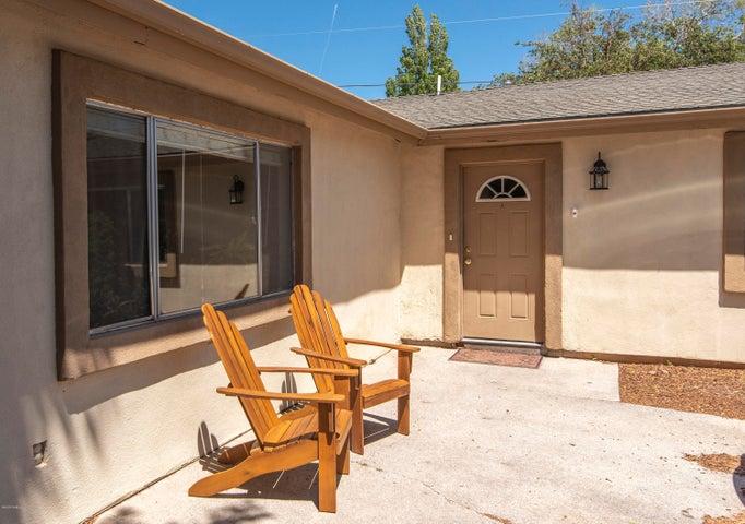3706 N Pine Drive, Flagstaff, AZ 86004