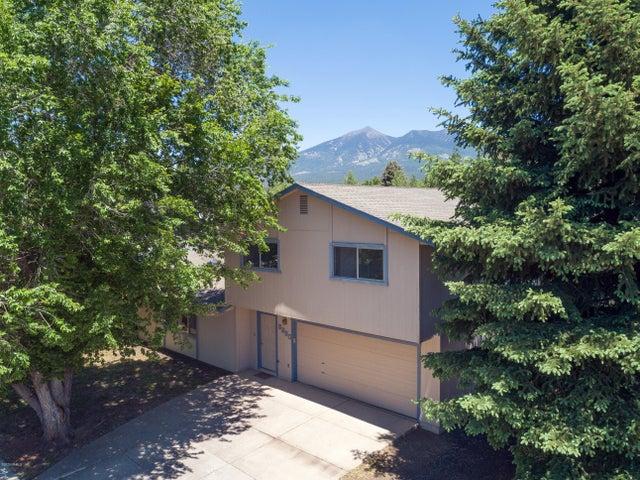 3330 W Wilson Drive, Flagstaff, AZ 86001