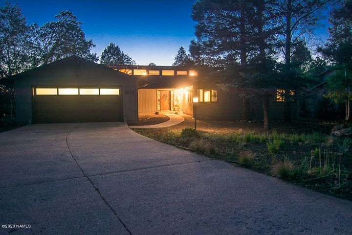 1441 N Fox Hill Road, Flagstaff, AZ 86004