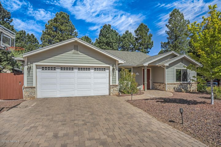2050 W University Avenue, Flagstaff, AZ 86001