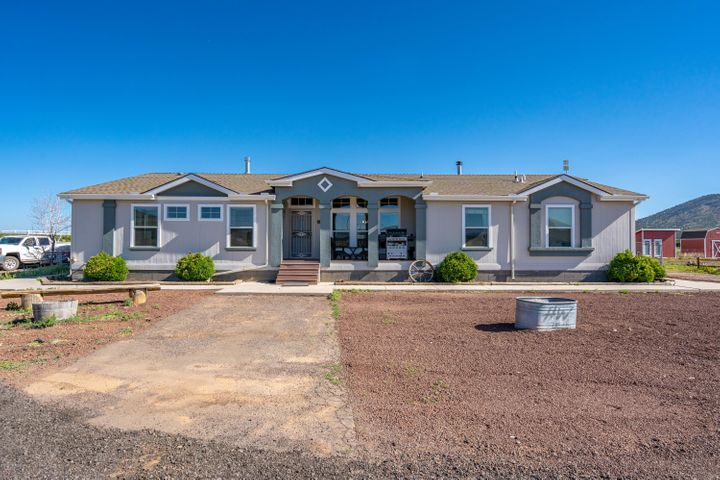 2318 E Hoctor Road, Williams, AZ 86046