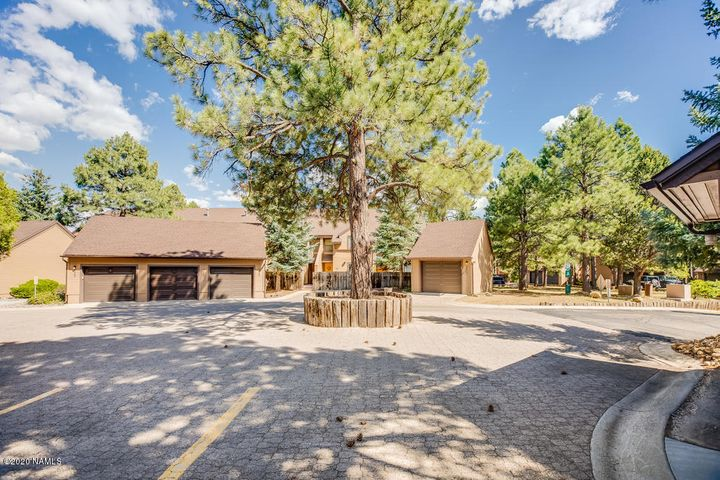 4002 N Goodwin Circle, Flagstaff, AZ 86004