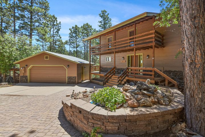 2511 W Pack Trail Drive, Flagstaff, AZ 86001