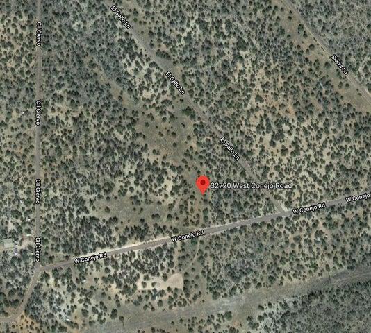 32720 W Conejo Road, Seligman, AZ 86337