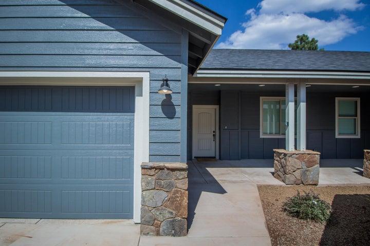 2285 W Mission Timber Circle, Flagstaff, AZ 86001